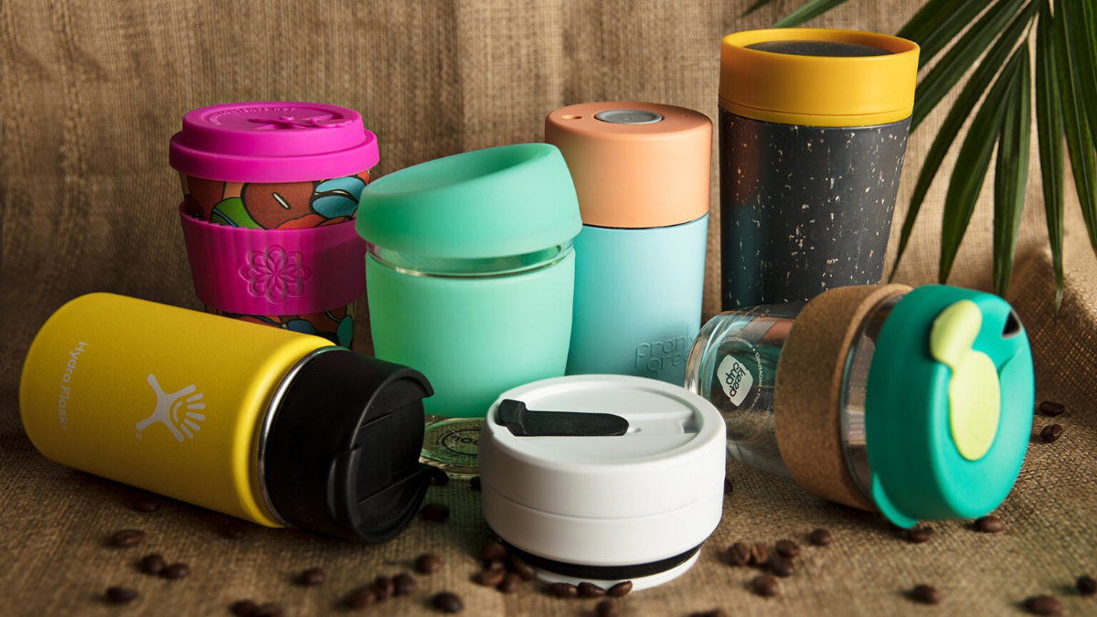 Reusable bottles as a substitute to single-use plastic bottles as a zero waste essential