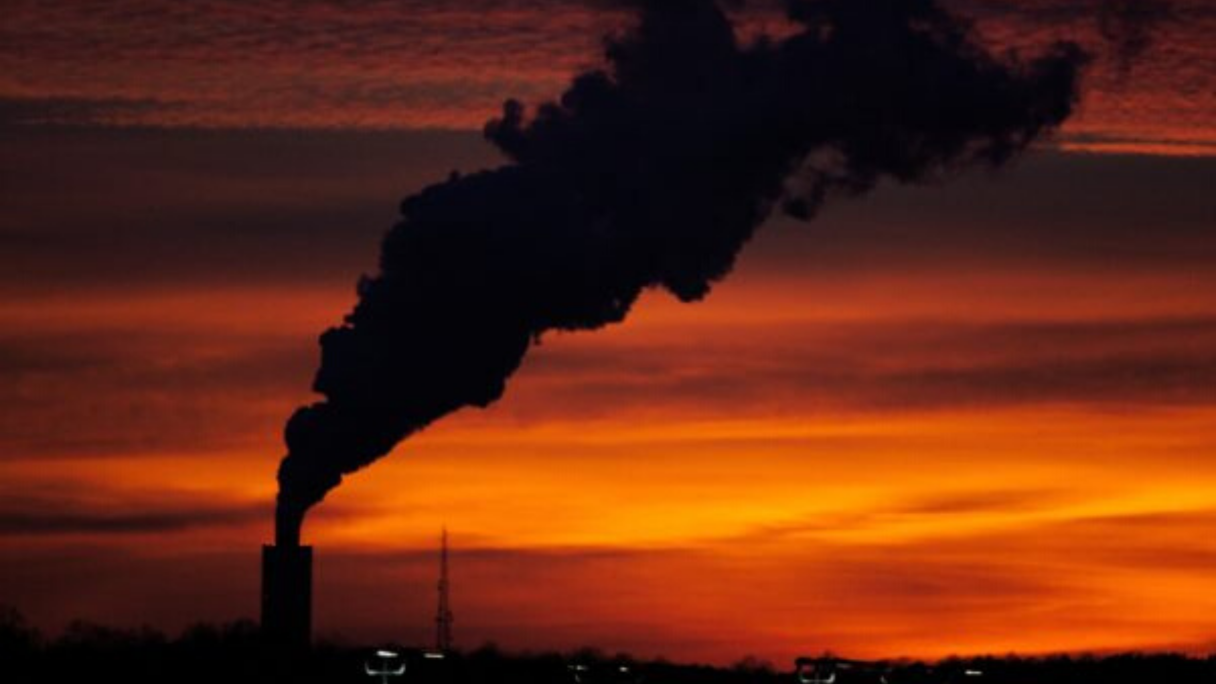 Air Pollution by Burning Plastic: How is it Caused?