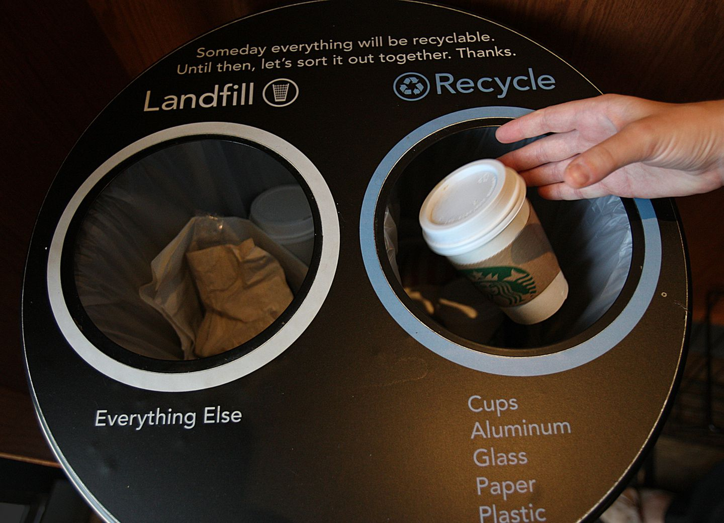 A Starbucks bin with recycling option